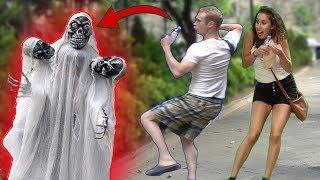 Three Head Skeleton Ghost Scary PRANK AWESOME REACTIONS Best of Just For Laughs