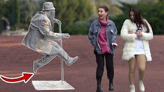 THE FLOATING HUMAN STATUE SCARY PRANK Amazing Living Human Statue
