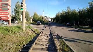 1 маршрут трамвая в Краснотурьинске. Вид из кабины водителя, подъем от Набережной