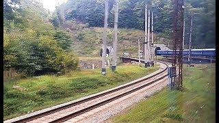 Тем кто любит стук колес поезда. И красивый вид из окна поезда