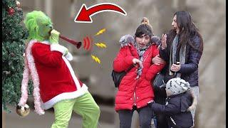 GRINCH SCARY PRANK 2020 Grinch with Loud Horn Prank